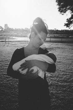 Newborn baby Aria and her mum, Amy, in the late-afternoon sun on the outskirts of Kalgoorlie.